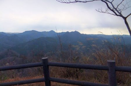高宕山と八良塚