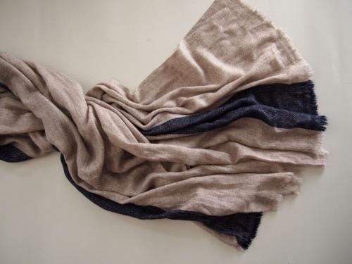 手織り幅広ウールストールストライプベージュネイビー04