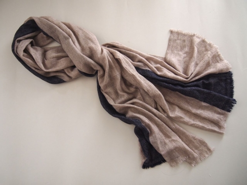 手織り幅広ウールストールストライプベージュネイビー03