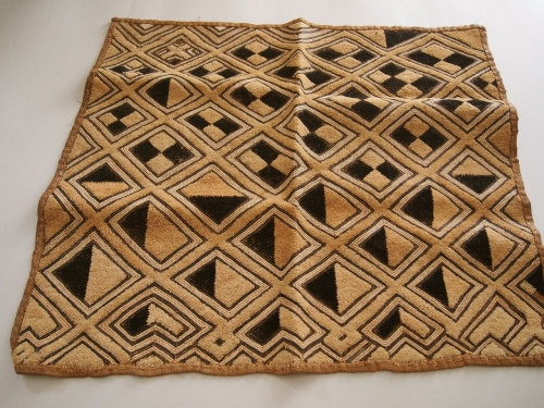 アフリカ民藝幾何学模様古い布クバ布ショワ草ビロード0202