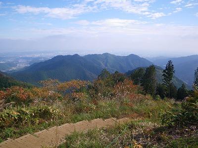 景信山から