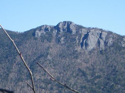 馬止根場からの乾徳山