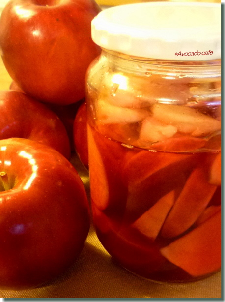 ピクルスとリンゴ
