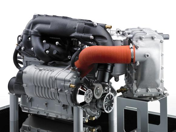 ウルトラ300X エンジン、