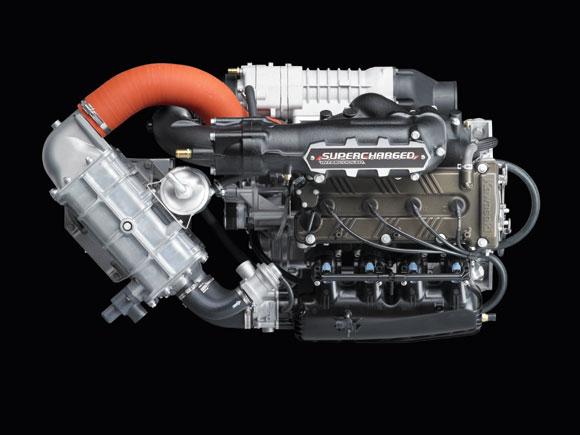 ウルトラ300X エンジン