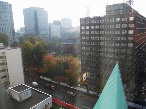 20141101_ホテル前の道庁