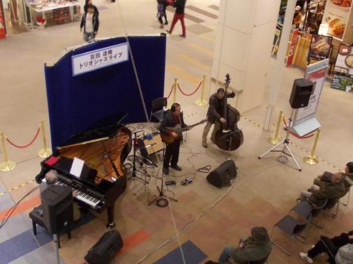 20141124_イオン旭川西ライブ1