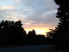 121013御所の夕空