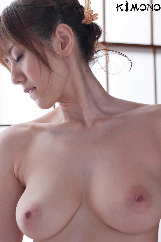 麻美ゆま エロ画像 11