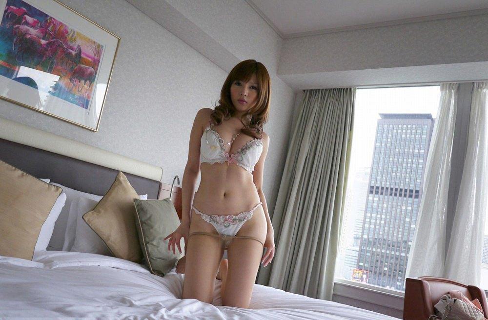 桐谷ユリア エロ画像 16