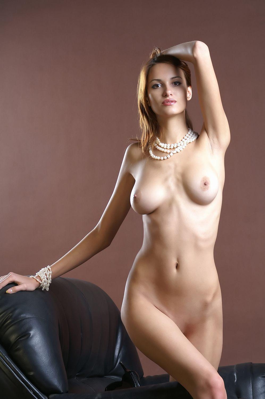 外人女性のヌード画像 25