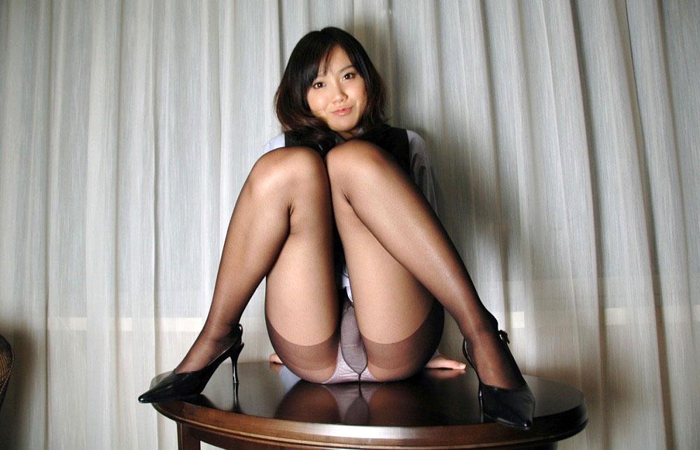 M字開脚画像 36