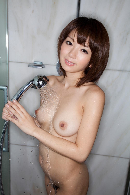 【巨乳セックス動画】巨乳痴女と着衣のまま3Pセックス