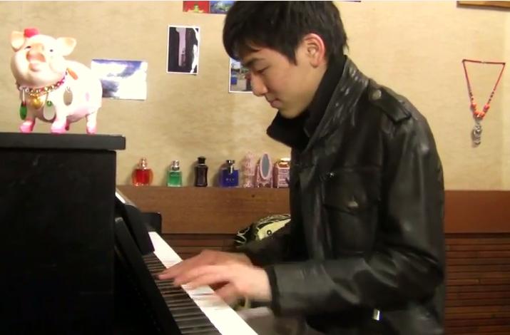 木枯らし青年ピアノ