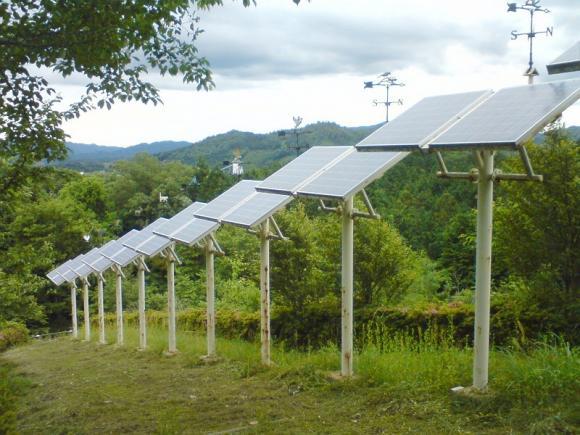 未来の丘 太陽光発電パネル