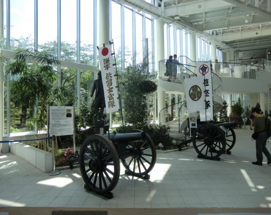 五稜郭タワー大砲