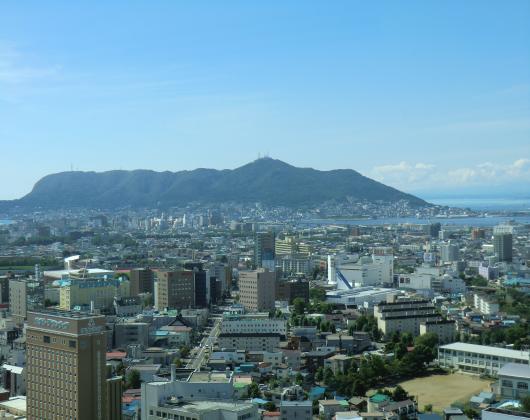函館山方面を望む