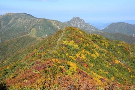 64朝日岳への尾根から