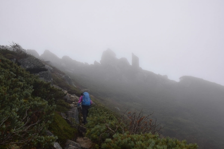 70熊沢岳へ