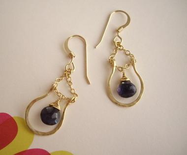 horse shoe earrings