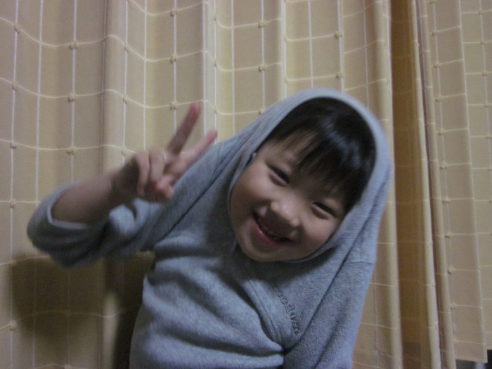 momoka-peace.jpg