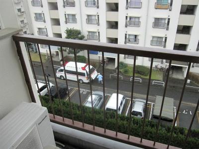 20120122救急車 (1)