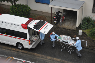 20120122救急車 (4)