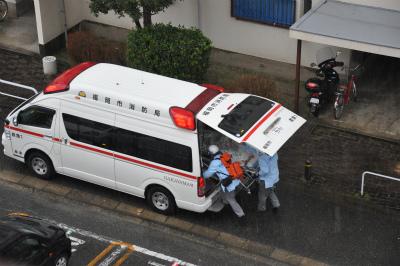 20120122救急車 (5)