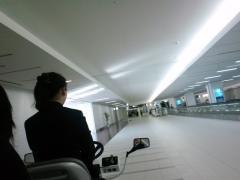 101023空港カート1