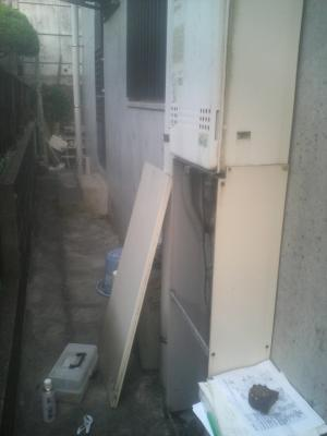 DCF_0389給湯器取替