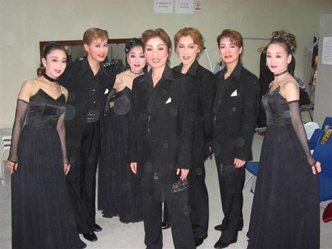 上海 ショーみんな