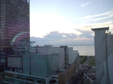 高松 ホテルの窓から