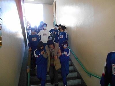 s-階段避難