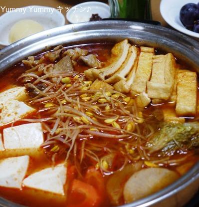 カラーいキムチ鍋♪
