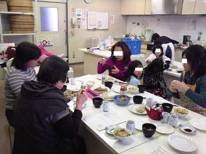 生活クラブ20110305総会&試食会-2