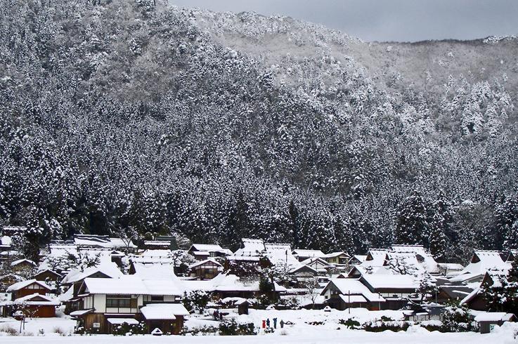 雪の美山町1