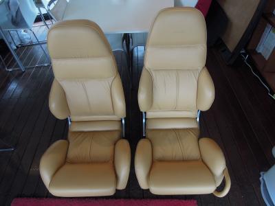 ES30 Seat 1