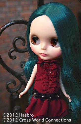 i_2_alexis emerald_web