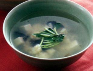おかず(豆腐と貝柱のスープ)