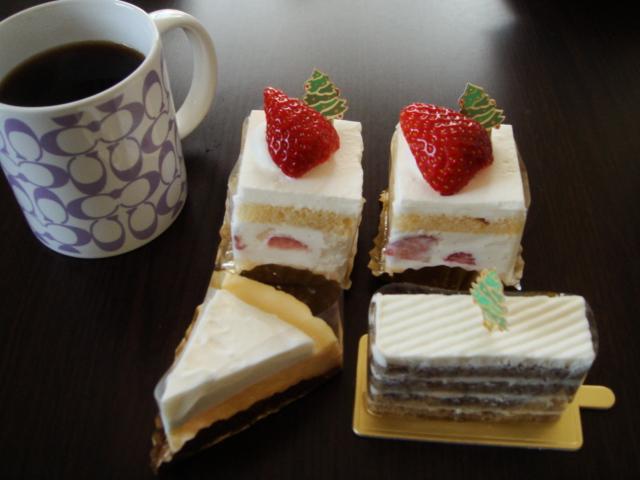 ケーキ食いすぎ
