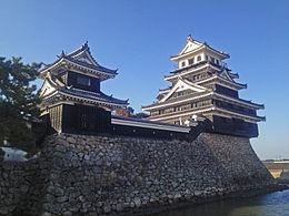 260px-Nakatu_Castle_4.jpg