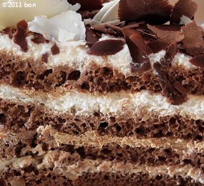 HARBSブラックandホワイトチョコレートケーキ (8)