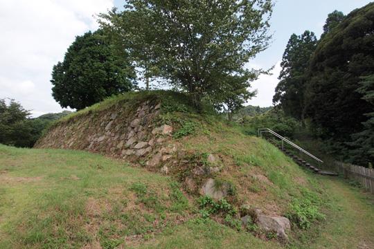 20100812_gassan_toda_castle-31.jpg