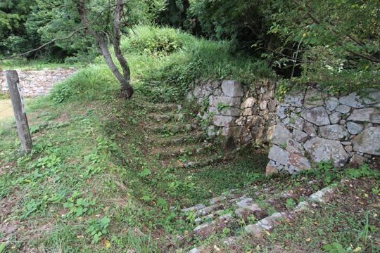 20100812_gassan_toda_castle-41.jpg