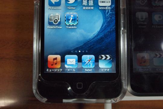 20101016_ipod_touch4-14.jpg