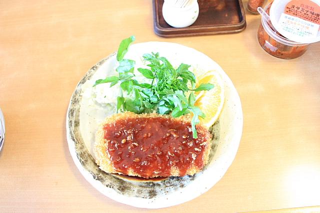 朝霧高原道の駅のコロッケ (1)