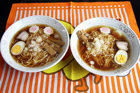 正麺&ラ王8
