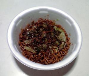究麺 濃厚甘コクソース焼そば(できあがり)