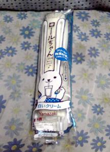 ロールちゃん 白いクリーム(パッケージ)