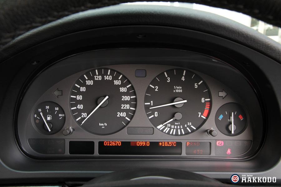 BMW525-10.jpg